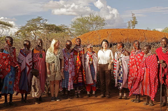 Walk with Maasai warriors to visit an authentic Maasai village.