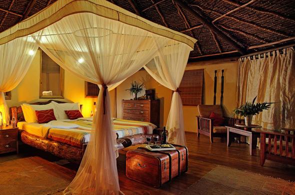 Tortilis Camp luxurious en-suite accommodation.